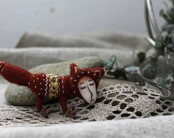Fox, Foxy, brooch, felted pin, magic forest, felting, fox brooch, cute, animal, forest spirit, felted brooch, handmade, original jewelry