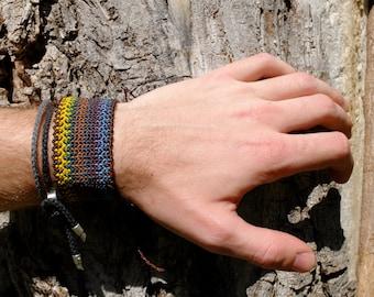 Color bracelet in macrame/colorful macrame bracelet
