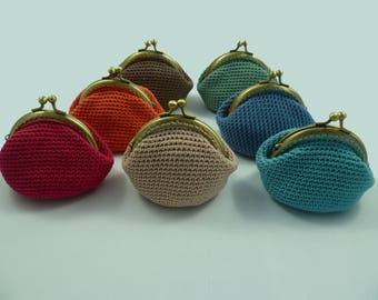 Porte-monnaie au crochet style rétro femme