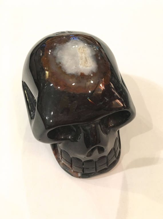 SARDONYX Skull// Carved Skull// Healing Gemstones// Home Decor// Healing Tools// Crystal Skull// LRG Sardonyx Skull// Grounding Stone