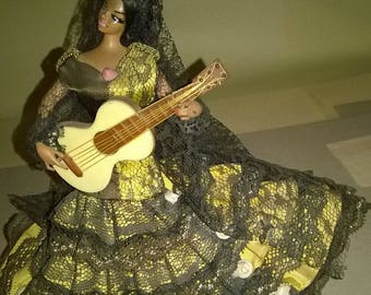 103) Spanish doll collection