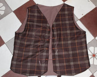 Brown man medieval spirit Plaid jacket