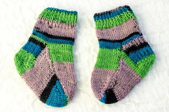 KNITTING PATTERN Two Needle Baby Socks Flat Sock