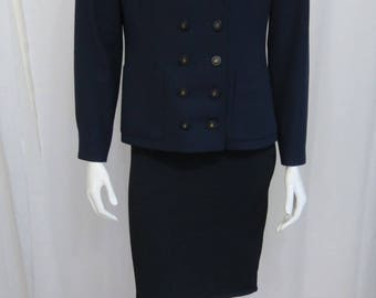 Chanel Boutique exquisite dark navy smooth wool double breasted blazer 42 US 8