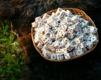 Handmade Bone Die, Viking Dice, Medieval Dice, Carved Dice, Betting Dice