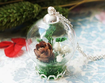 Pine cone Terrarium Jewelry, Real Flower Necklace, Botanical Jewelry, Glass Bottle Pendant, Dried flower necklace, Real Plant Necklace