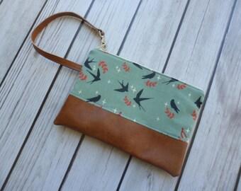 Bird Clutch, Sparrow Wallet, Bird Wristlet, Clutch Purse, Wristlet Wallet