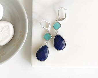 Navy Blue and Turquoise Dangle Earrings in Silver. Dangle Earrings.  Bridesmaid Jewelry. Wedding Jewelry. Jewelry. Gift. Turquoise.