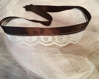 Simple Brown Lace Tie-Back