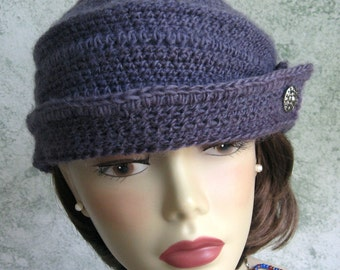 Womens Crochet Hat Pattern 1940s style Bowler With Button Trim Instant Download