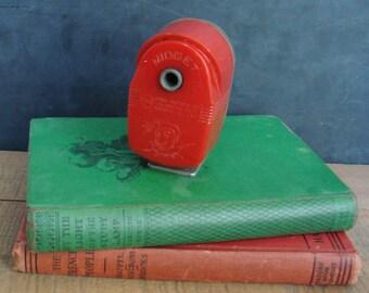 Apsco Midget Red Pencil Sharpener Vintage Desk Accessory