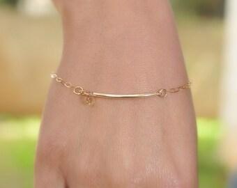 Gold bar bracelet - Minimalist bracelet - dainty bracelet - Minimal bracelet - 14k goldfill bracelet - Thin bracelet - Minimalist jewelry