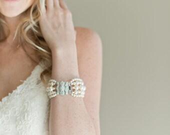 Bridal Cuff Bracelet, Ivory Pearl Bridal Bracelet, Bridal Jewelry, Wedding Jewelry Bracelet