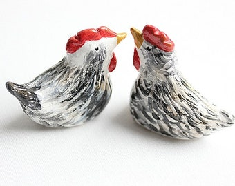 Chicken Wedding cake topper, Black and White set of Clay Chicken, Hand sculpted, Totem sculpture ornament, Chicken gift, Clay chicken