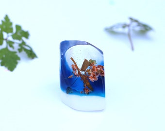 Orange flower ring, botanical ring, blue ring, nature jewellery, flower jewelry, jewellery resin, colour jewelry, unique ring, comtemporary