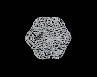 Vintage handmade crocheted doily centerpiece -- white doily with star center and fan-shaped scalloped edge -- 15.5 inches / 39 cm