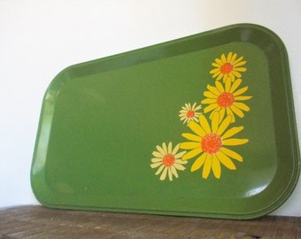Vintage Green Metal Daisy Flower Power Tray