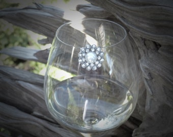 Pearl Flower Wine Glass Marker