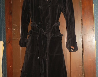 VTG Spiegel  soft  black  Velvet Witchy Gothic trench   Coat  sz  10