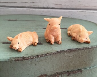 Miniature Pigs Figurines, 3 Piece Set, Fairy Garden, Miniature Garden Accessory, Decor, Embellishment