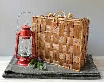 Vintage woven picnic basket; woven storage basket; woven basket with lid; woven reed basket