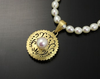 18K yellow gold and silver pendant necklace, round openwork pendant necklace, pearl necklace