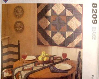 McCall's – American Tradition - Table runner and Quilt - #8209 – New & Uncut
