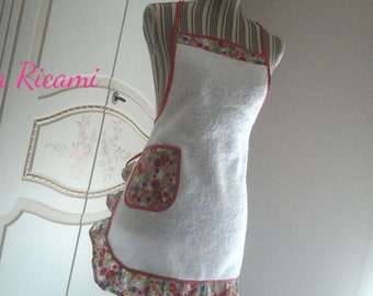 White Terry Apron with Fantasia in red and pink, short whole pattern