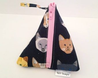 Cat Notions Pouch, Knitting Notions Pouch, Small Notions Bag, Crochet Notions Pouch, Stitch Marker Pouch, Accessory Pouch, Wedge Pouch