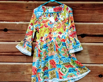 """OOAK Designer Women's Tunic Top upcycled multi colors w/ vintage lace trim and high-low hemline. 100% cotton bodice """"Bits & Pieces"""" Size S-M"""