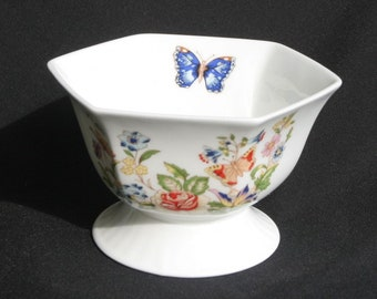 Beautiful, vintage Aynsley porcelain bowl, Staffordshire