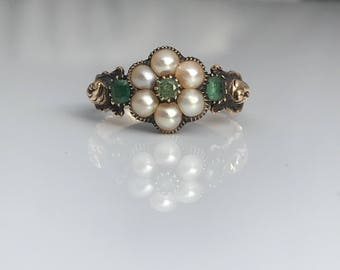 Antique ~ Pearl and Emerald ~ 18ct Gold Ring ~ size UK N or US 6.5