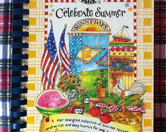 Gooseberry Patch Cookbook Celebrate Summer Star-Spangled Collection ISBN 1888052112 Like New Used Condition