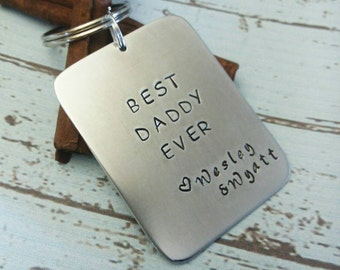 Personalized Daddy Key Chain - Dad keychain - Hand Stamped Key Chain for Dad - Gift for him - Birthday Gift - Gift for Dad - Father Keychain