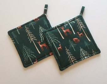 Outdoor print hotpads (set of 2), quilted, fabric, gift under 20 dollars, green, deer, fox, Made in the USA