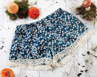 Pant with cotton lace