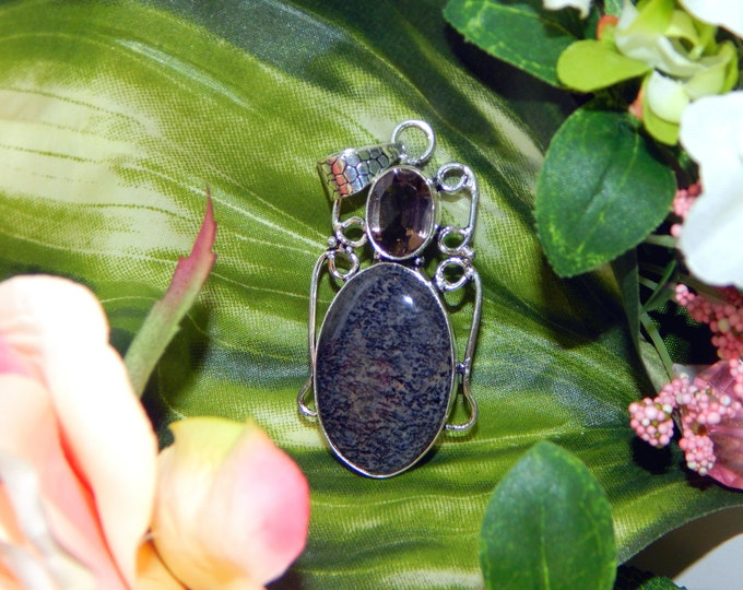 Carpathian Sanguine Vampire inspired vessel - Handcrafted Moss Agate pendant necklace