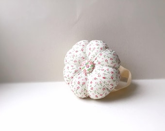 Handmade Tiny Flower Wrist Pin Cushion ( Approximately 7-8cm )