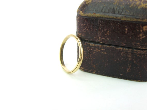 Vintage Art Carved 14K Gold Wedding Band Ring  J R Wood.  Size 6.75+