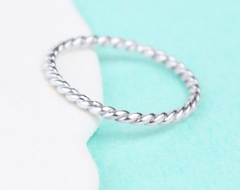 Nautical Rope Ring - Sterling Silver Band Ring - Nautical Ring - Rope Ring - Nautical Jewelry - Coastal Jewelry - Resort Jewelry