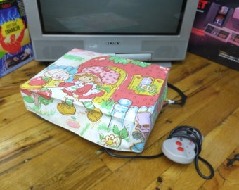 Strawberry Shortcake WRETRO WRAPPER console dust cover