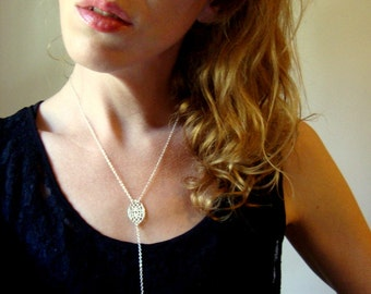 Long lace drop necklace in sterling silver with pearl