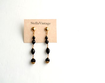 Moonlight long and classic vintage earrings