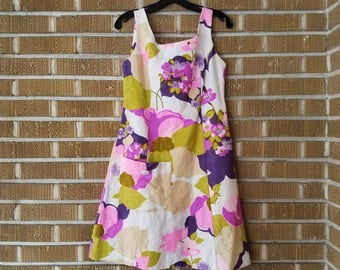 size 12- floral 60s mini dress
