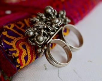 Banjara tribal silver ring double finger vintage Indian cluster bell two fingered dangles ethnic boho hippie belly dance