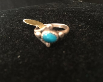 Very petite Turquoise Ring Size 6