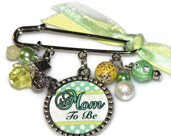 Mom To Be Pin Brooch, Personalized Gift for a mother, grandmother, Aunt or Sister to be
