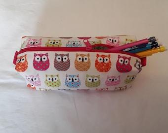 Pencil case owls owls pink blue green orange, pink