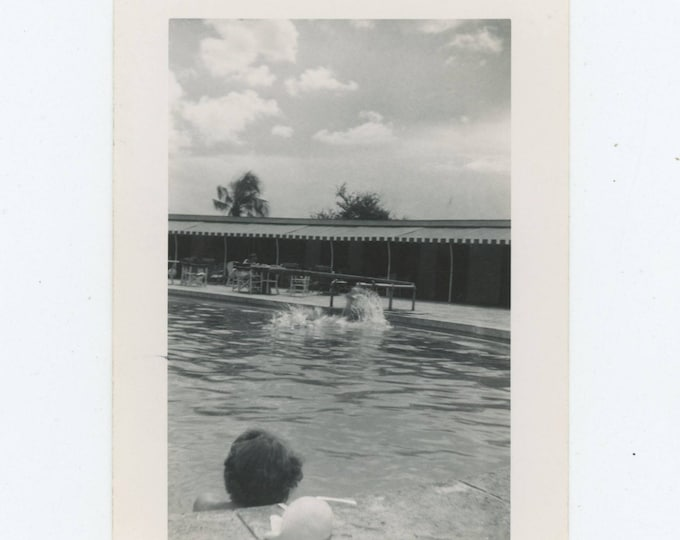 Vintage Snapshot Photo: Pool [81644]