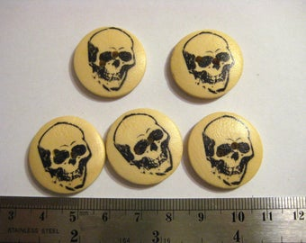 Set of 5 wooden skull buttons